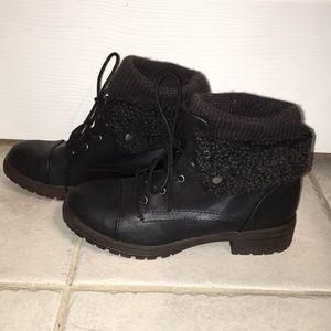 Shoe dazzle black combat boots.